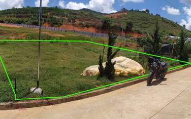 200 m2 residential land for sale in District Lac Duong