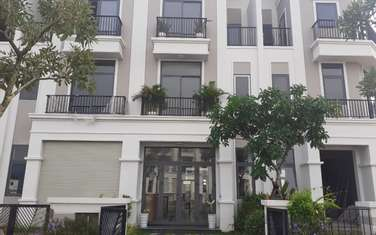4 bedroom townhouse for sale in District Duc Hoa