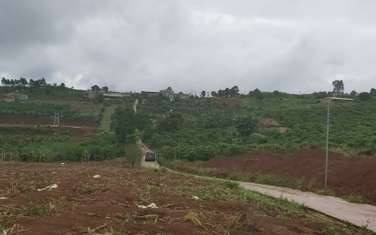 500 m2 residential land for sale in District Lam Ha