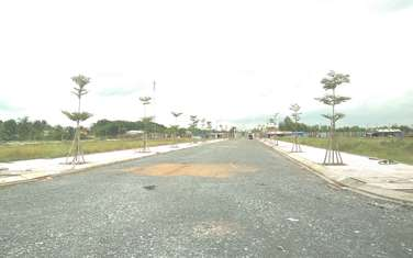 85 m2 land for sale in District Duc Hoa