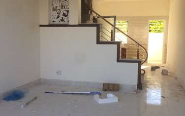 2 bedroom townhouse for sale in District An Duong