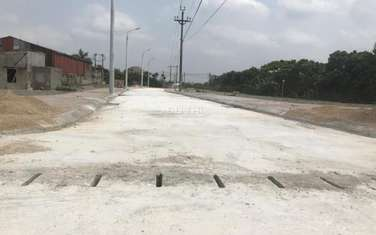 80 m2 residential land for sale in District Dan Phuong