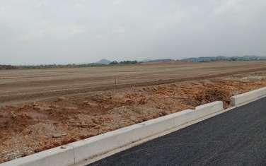 40.000 m2 commercial land for sale in District Yen My