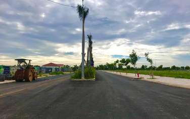 100 m2 land for sale in District Ben Luc