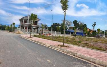 100 m2 residential land for sale in Thi xa Song Cong