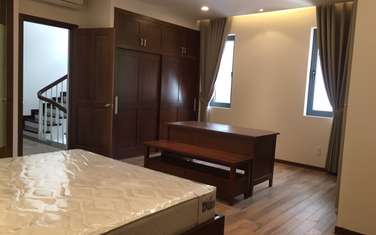 4 bedroom villa for rent in District Tay Ho