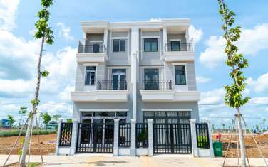 4 bedroom house for sale in Thi xa Dong Xoai