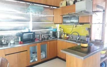 8 bedroom townhouse for sale in District Hoang Mai
