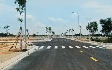 80 m2 residential land for sale in District Ben Luc