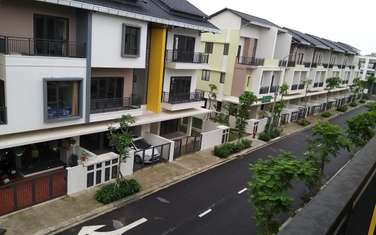 4 bedroom house for rent in District Tu Son