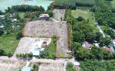 13512 m2 residential land for sale in District Ben Cau