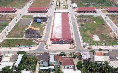 100 m2 land for sale in District Thanh Phu