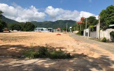 185 m2 land for sale in Phu My town