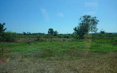4576 m2 Agricultural Land for sale in District Dat Do