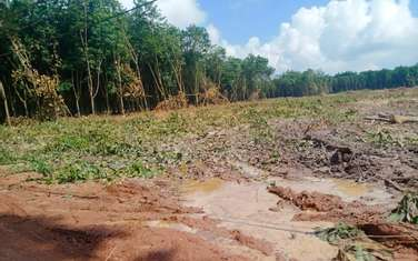 1000 m2 farm land for sale in District Chon Thanh