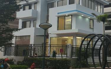 villa for rent in District Tay Ho