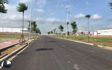 10000 m2 commercial land for sale in District Yen Dung