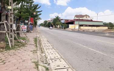 856 m2 land for sale in District Pho Yen