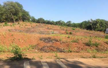1000 m2 land for sale in District Long Thanh