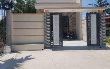 2 bedroom house for sale in Thanh pho Quang Ngai