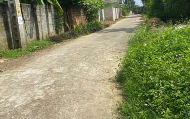 302 m2 residential land for sale in Thi Xa Son Tay