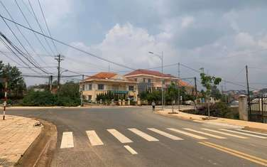 360 m2 residential land for sale in District Lac Duong