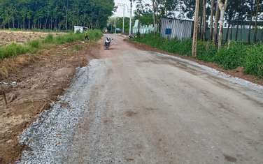 1000 m2 residential land for sale in District Bau Bang