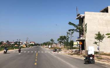 92 m2 residential land for sale in District Lang Giang