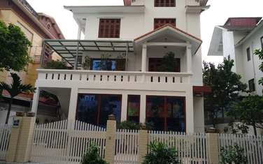 Villa for rent in District Ba Dinh