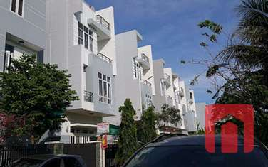 5 bedroom townhouse for rent in District 9
