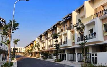 5 bedroom townhouse for sale in District Thuy Nguyen