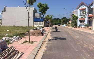 200 m2 land for sale in Thi xa Song Cong