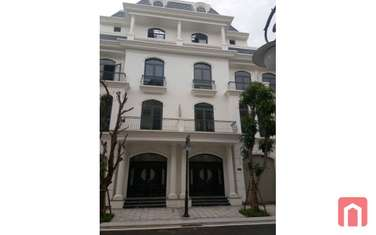 6 bedroom townhouse for rent in District Trieu Son