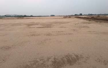 50000 m2 commercial land for sale in District Que Vo