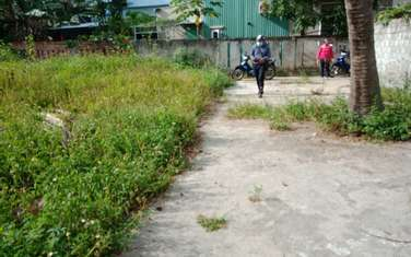 100 m2 residential land for sale in District Hoa Vang