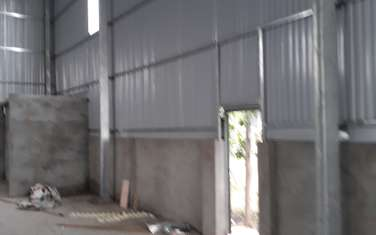 500 m2 Factories & Warehouse for rent in District Hoai Duc