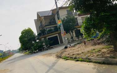 200 m2 residential land for sale in District Quoc Oai